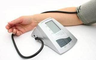 Измерить давление на правой руке