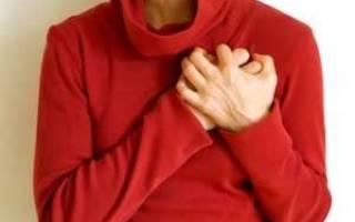 Болит грудная клетка в области сердца
